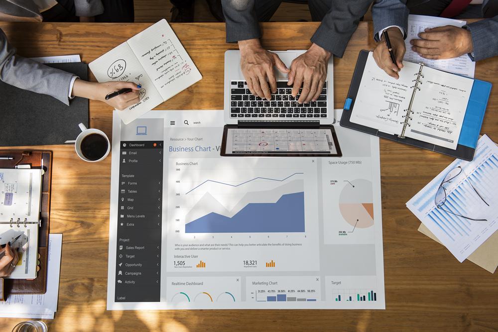 Digital Reporting & Analytics